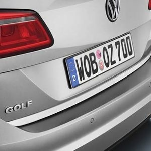 Chrome strip for the VW Golf tailgate