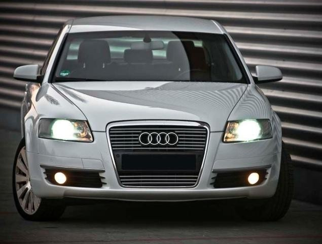 Audi A6 C6 Sedan Kombi - chrome strips on the front grill