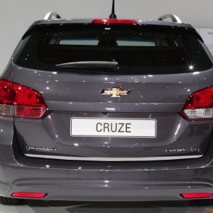 Listwa chrom do Chevroleta Cruze.