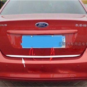 Ford Focus - listwa chrom na klapę bagażnika