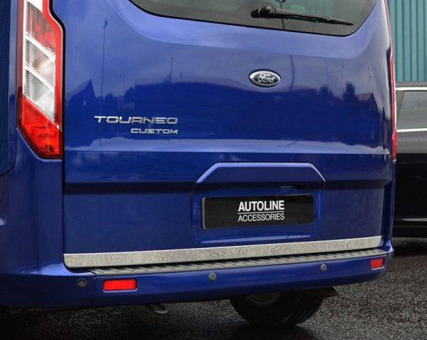 ford-tourneo-custom-listwa-chrom-chromowana-3m-ochronna-na-klape-bagaznika
