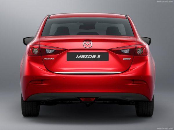 Listwa chrom do Mazda 3 Sedan na klapę bagażnika