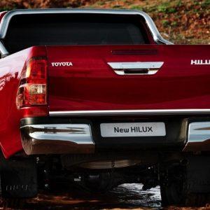 Toyota HILUX MK VIII, GUN1 listwa chromowana
