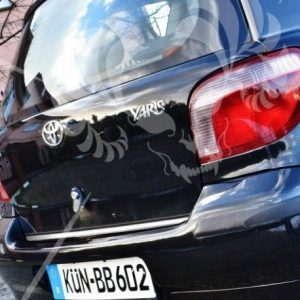 Toyota YARIS I listwa chromowana